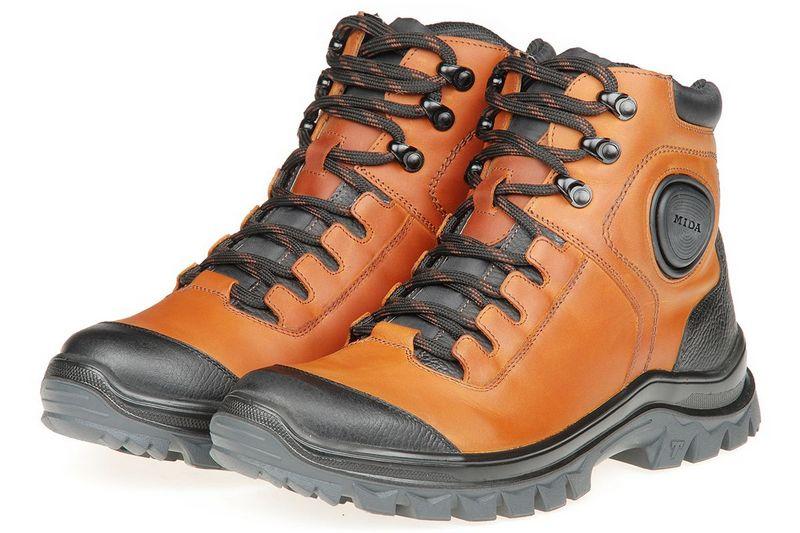 Можно ли вернуть обувь в магазин, если она бракованная или ношенная: условия и порядок