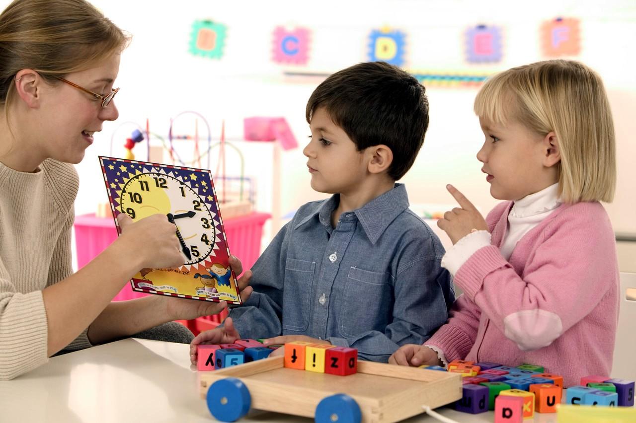 Жалоба на частую смену воспитателей образец