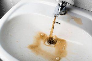 куда жаловаться на отсутствие горячей воды
